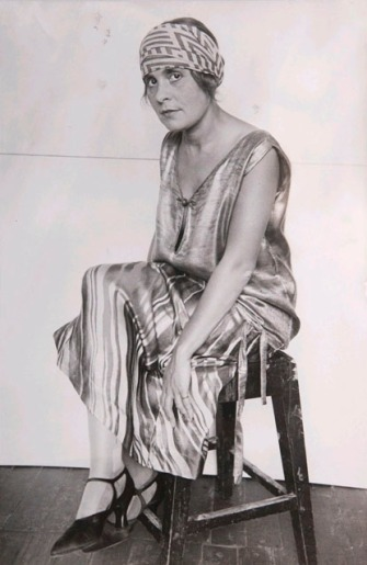Lilya Brik, byAlexander Rodchenko 1924